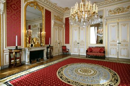 Le salon rouge - Hôtel de Bourvallais